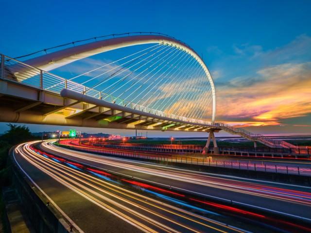 新竹香山西濱豎琴橋